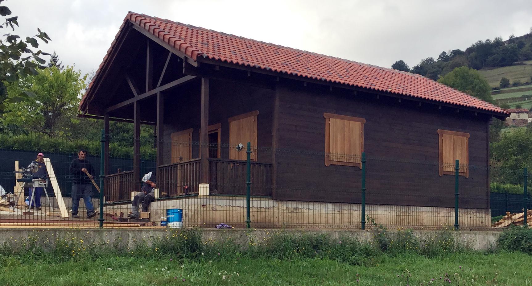 Casas de planta baja con porche latest diseo de casa de - Casas planta baja ...